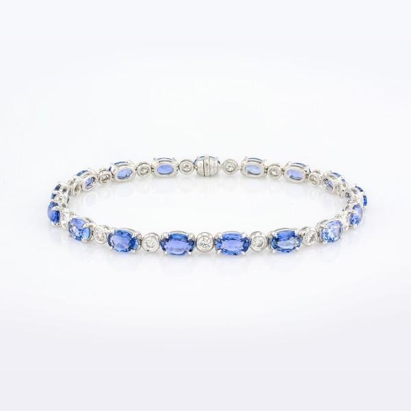 Bracelet-01-18K-White-Gold-Bracelet-Set-With-Oval-Blue-Sapphires-Round-Diamonds.